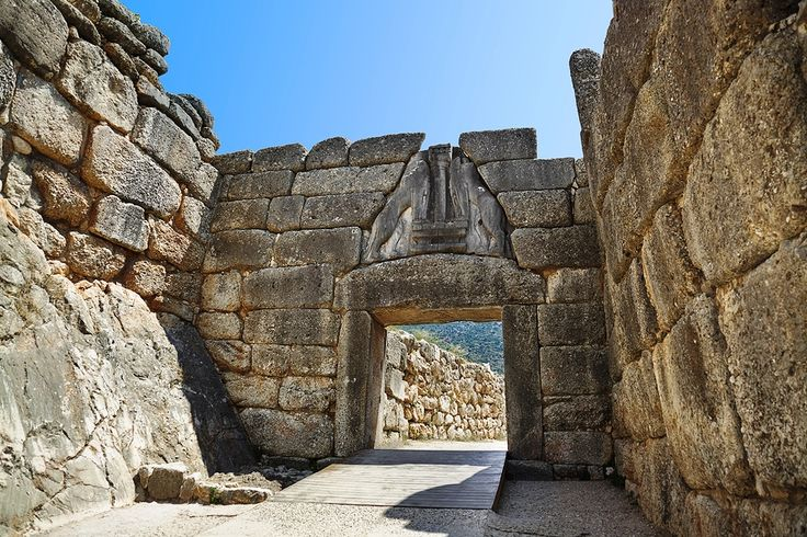 The entrance of Mycenae with the lion gate!