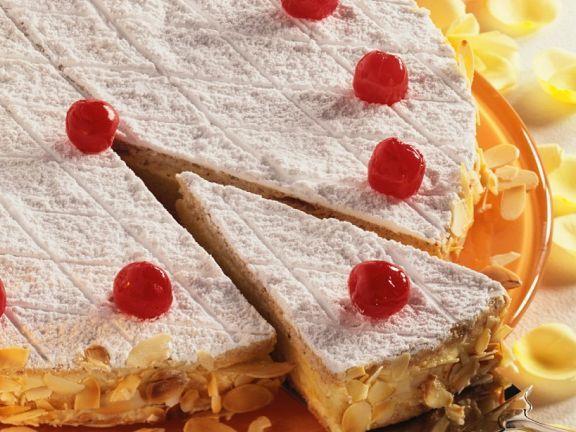 Zuger Kirschtorte ist ein Rezept mit frischen Zutaten aus der Kategorie Kirschkuchen. Probieren Sie dieses und weitere Rezepte von EAT SMARTER!