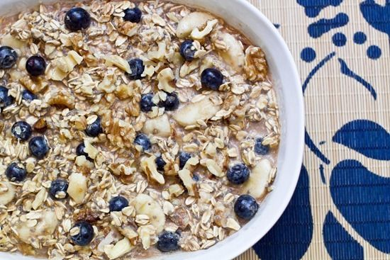Blueberry Banana Pie Vegan Overnight Oats - the crunchy granola topping might