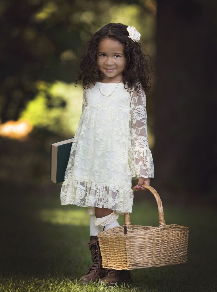 This vintage ivory lace dress features ruffle sleeves and hem, that is Gorgeous! Fully lined underneath, and super soft for comfort. It is made from soft, high quality material for max comfort! ♥.•¨¯`