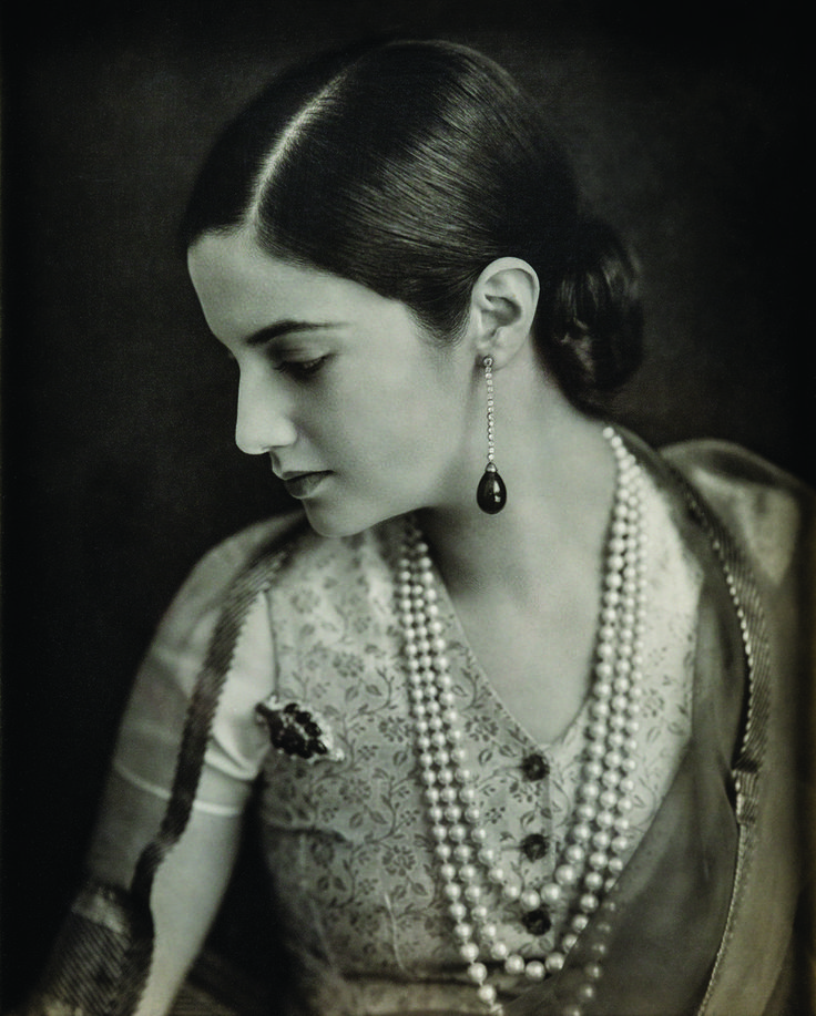 8 Portraits Of Maharanis That Capture India's Rich History Of Badass Women