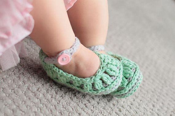 Instant Download - Crochet Pattern - Molly Summer Slippers (Newborn to 2yrs) - $5.50