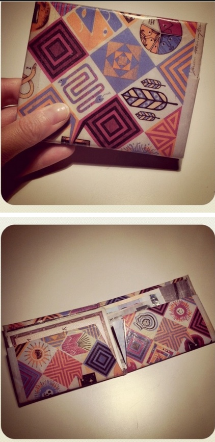 this is a wallet i made with tetrapak.