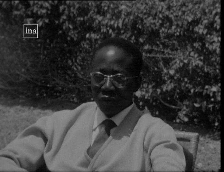 Concept fondateur    Normalien, Aimé Césaire dira « j'ai plié la langue française à mon vouloir dire ». Les...