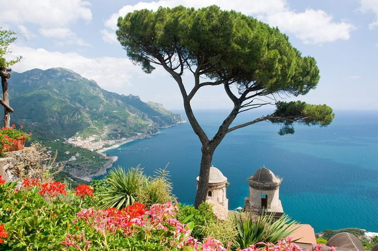 The Villa Rufolo, which overlooks the Piazza Vescovado, is the historical and cultural center of Ravello. Opening hours: 9.00 – 21.00 Ticket: €7 / Children €5 Piazza Duomo – 84010 Ravello (Sa) Italy Telephone: +39 089 857621 Site: www.villarufolo.it In its prime, it was one of the larges