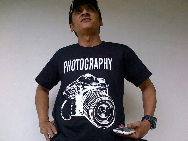@budi_journal is wearing photography tee. Find it at Tees.co.id!
