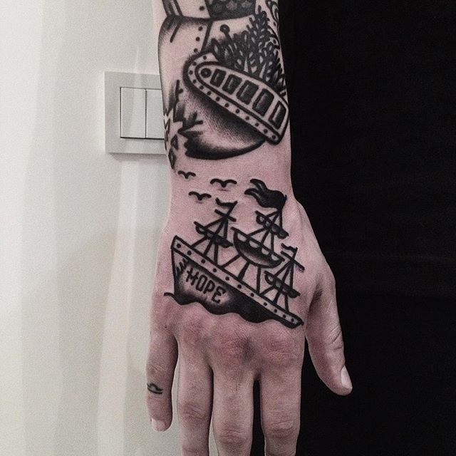 al_od - Ship Hand Tattoo