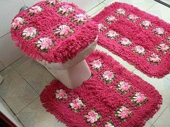 розовый коврик для ванной комнаты фото