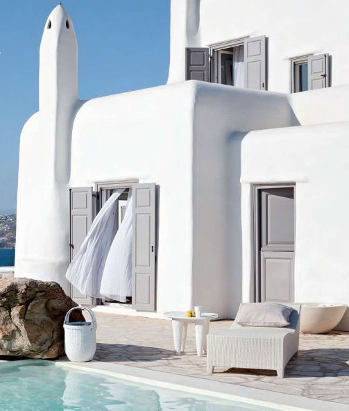 Paradise in Mykonos From the outside, this Kanalia Hill house looks typical with its lime paint white walls and its volumes. But don't get fooled because the inside of this dream house is everything but typical. Absolutely stunning!: