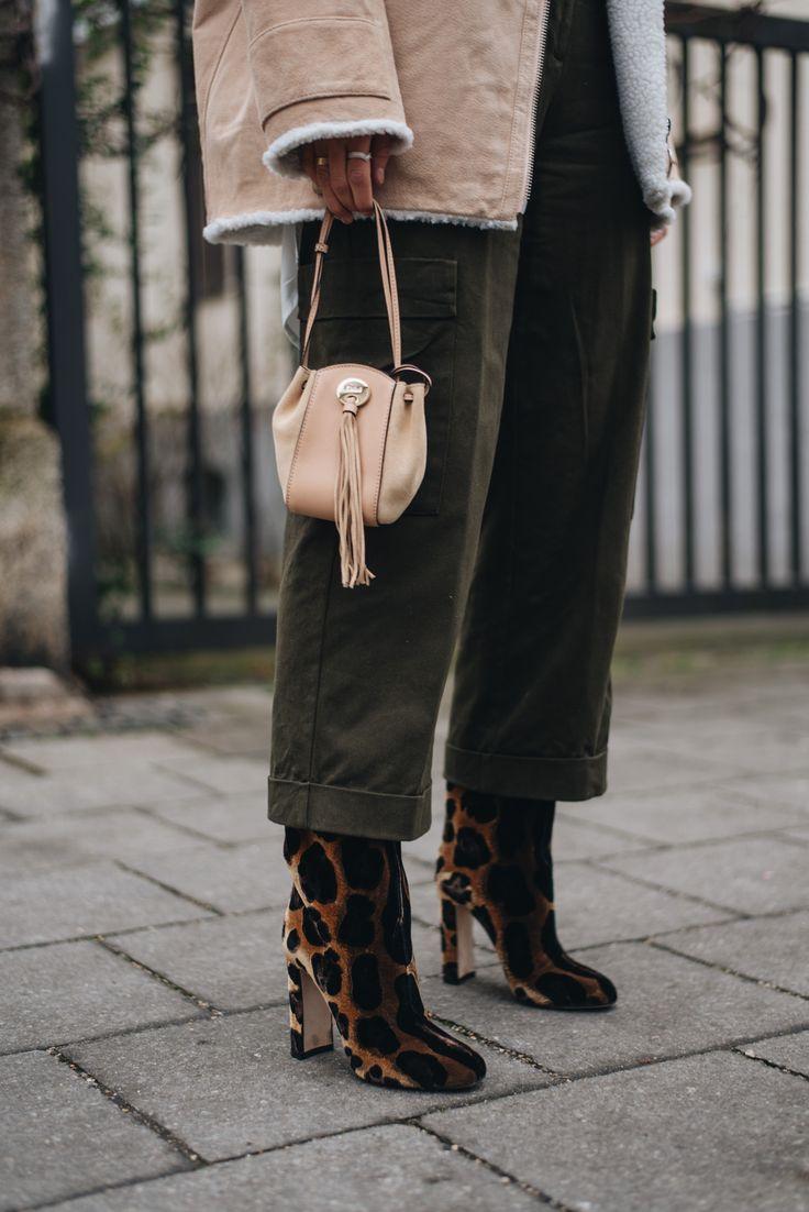 dolce-gabbana-leo-velvet-boots-samt-booties-stiefeletten-fashion-bloggerin-deutschland-münchen-nina-schwichtenberg-fashiioncarpet