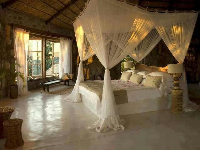 romantic canopy beds 2