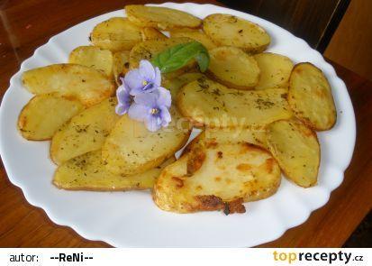 Pečené brambory s chutí česneku recept - TopRecepty.cz