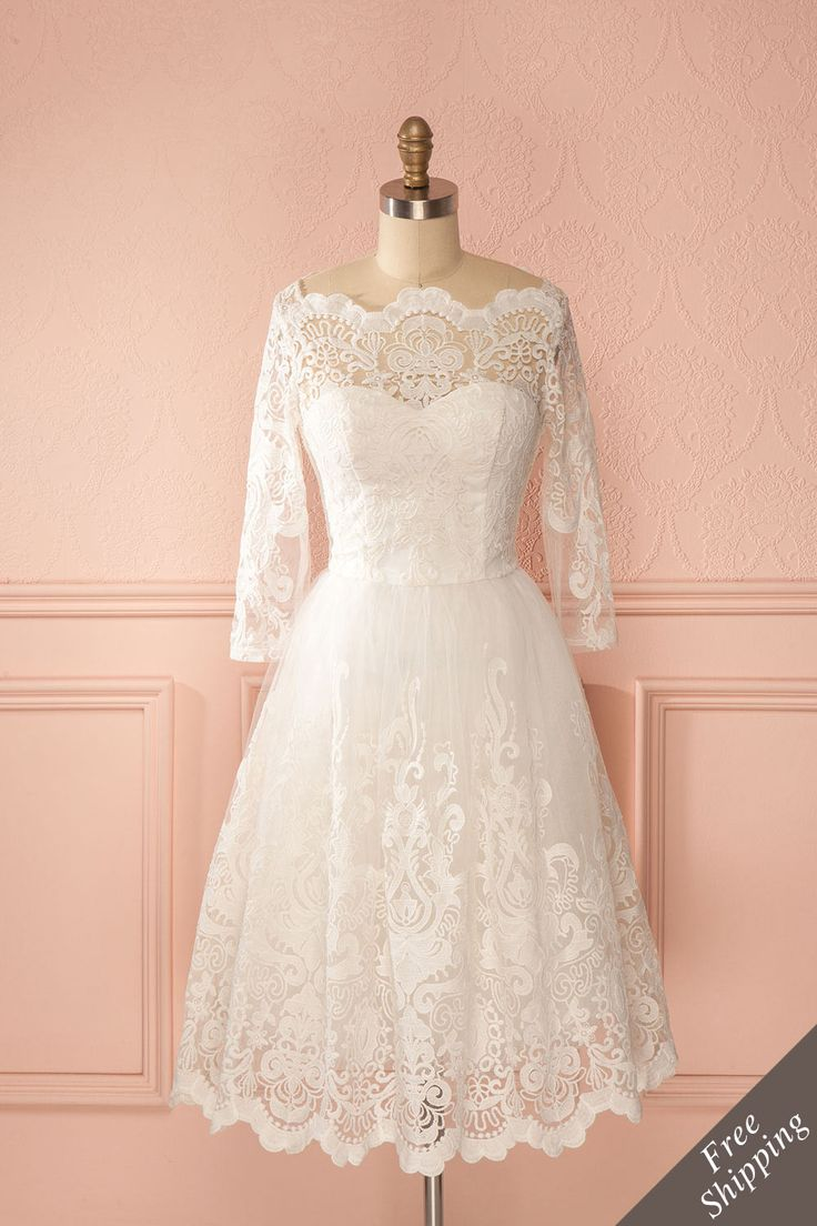 Robe trapèze dentelle blanche décolleté en coeur demi-manches - White lace sweetheart neckline a-line half-sleeved dress