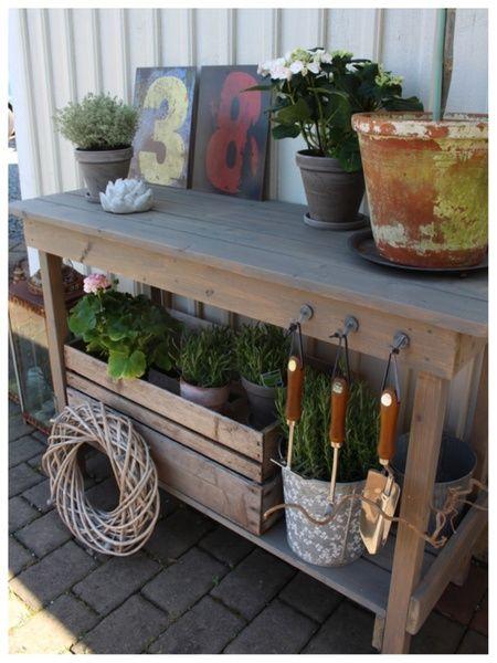 planteringsbänk,trädgård,krukor,olivträd,diy