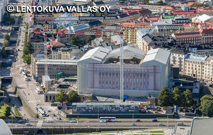 Eduskuntatalo remontissa, Helsinki Ilmakuva: Lentokuva Vallas Oy