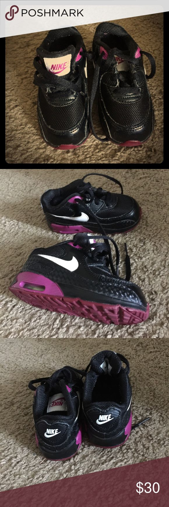 Purple and black Nike Beautiful black Nike shoes in good shape Shoes Sneakers