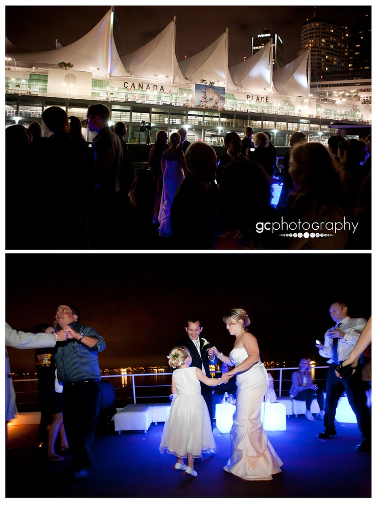 A & V | Real Wedding on the water | The Wedding Yacht