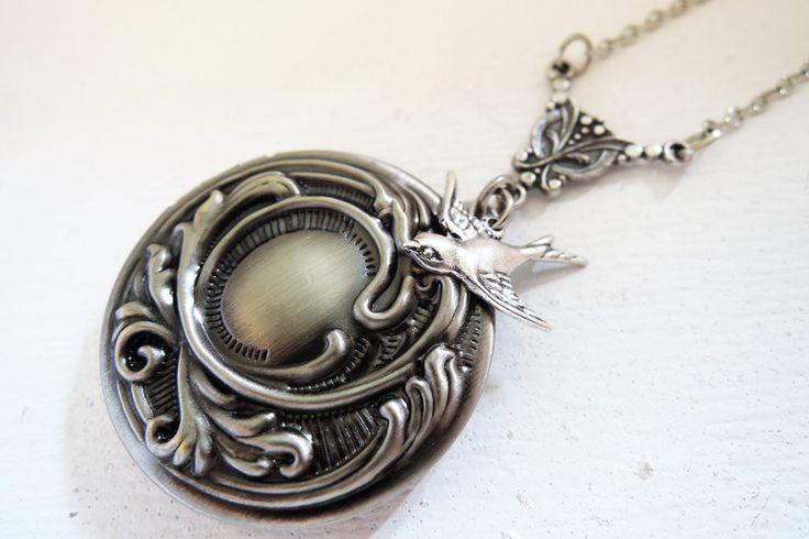 Lockets – Jewellery Lockets silver bird necklaces – a unique product by MadamebutterflyMeagan on DaWanda