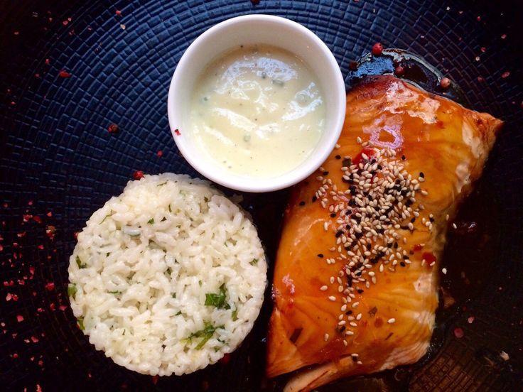 Για σήμερα σας προτείνουμε Black Cod Misoyaki το οποίο το σερβίρουμε μαριναρισμένο σε miso και mirin. Ένας συνδυασμός γεύσεων που θα σας ενθουσιάσει! #Pasaji #PasajiAthens #CityLink #Athens #Food #AthensFood #Restaurant #AthensRestaurant #FoodInAthens #RestaurantInAthens #LunchBreak #Athens #Cod #BlackCod #Fish #miso #mirin