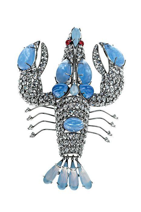 Ao longo de mais de 50 anos, Barbara Berger juntou cerca de 4000 peças de couture jewelry numa coleção única que deu origem a uma exposição no MAD Museum de Nova Iorque. Fashion Jewelry: The Collection of Barbara Berger vai estar em exibição até 22 de setembro, sendo que uma das partes da mostra se prolonga até janeiro.