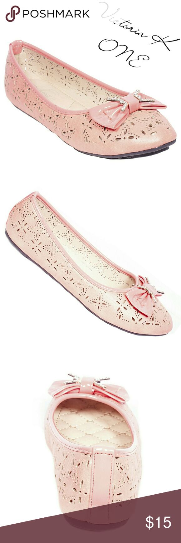 """Tory K Women Ballerina Bow Flats, b-2057, Coral Brand new Victoria K perforated coral woman ballerina flats in PU leather with a stylish bow and stone-studded buckle in the front. From the ONE collection. Soft cushioned sole, very comfortable. Bubbled bottom sole for extra traction. A true staple in ladies shoes fashion! Measurements: larger sizes run small. Size 8 measures 9.5 inches, sz 8.5 - 9 3/4"""", sz 9 -10"""", sz 10 - 10.5, all half sizes are in 1/4 inch increments of each other. Tory K…"""