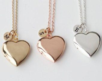medaillon HALSKETTING, gouden hart medaillon eerste halsketting, cadeau voor minnaar, als cadeau voor Valentijnsdag geschenk, Moederdag cadeau, moeder, familie ketting