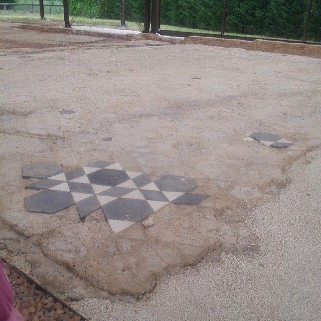 @padovasocial #aquaepatavinae #invasionidigitali #montegrottoterme #visitpadova #padovasocial #archeologia #archeology | Resti delle antiche terme di montegrotto terme
