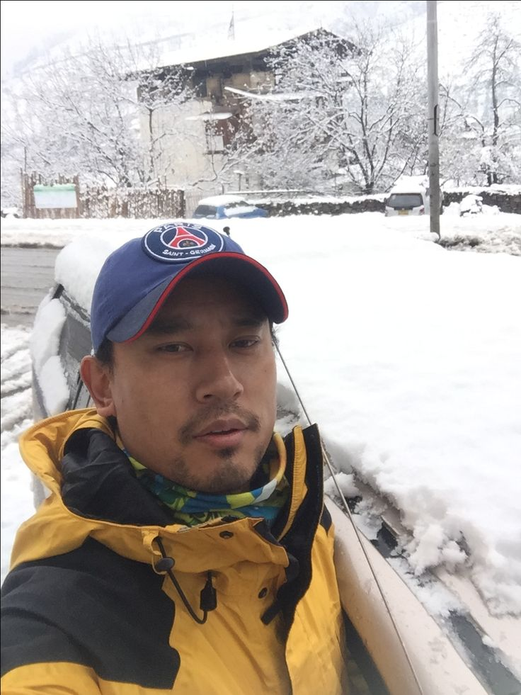 Bhutan Majestic Travel - 1st Snowfall for 2017 at Thimphu