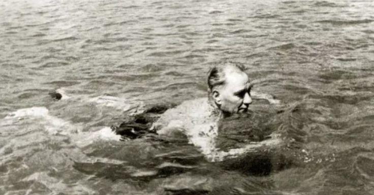 Atatürk Florya'da 1935