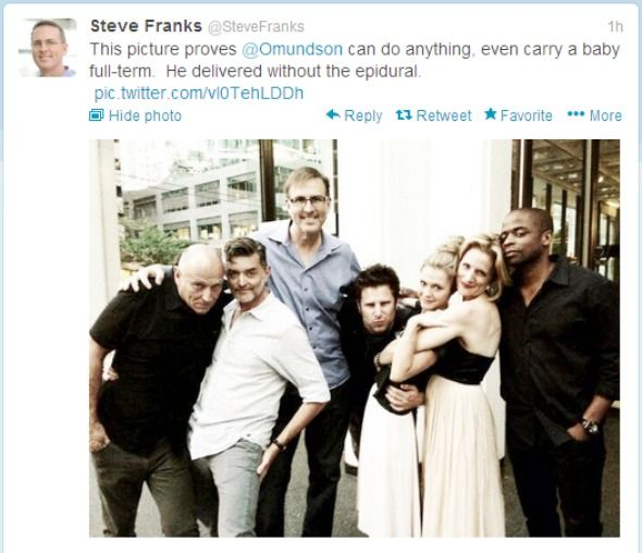 FINALE: PSYCH Showrunner Steve Franks Shares Photo of Cast on Set   yvrshoots