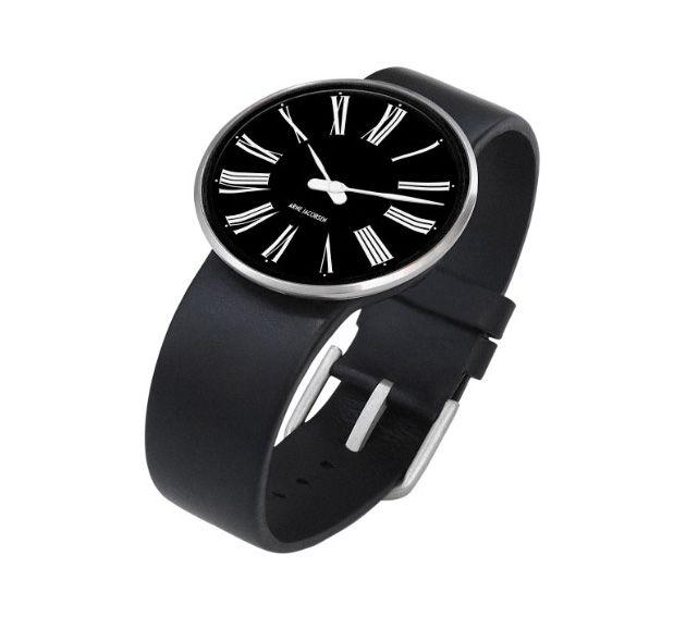 """Stilet, sofistikeret, simpelt: """"Roman"""" armbåndsuret af Arne Jacobsen. Med sort rem og skive samt hvide romerske tal. #arnejacobsen #ure #watches"""