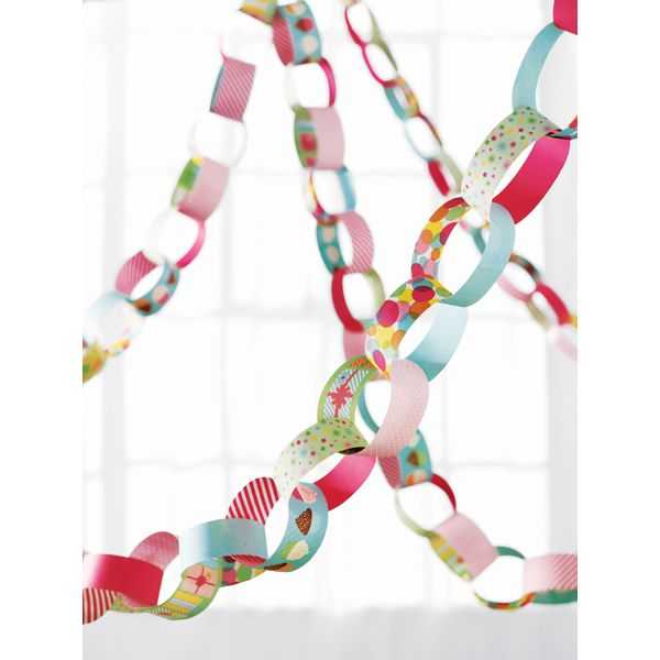 Martha Stewart Modern Festive Paper Chain Kit