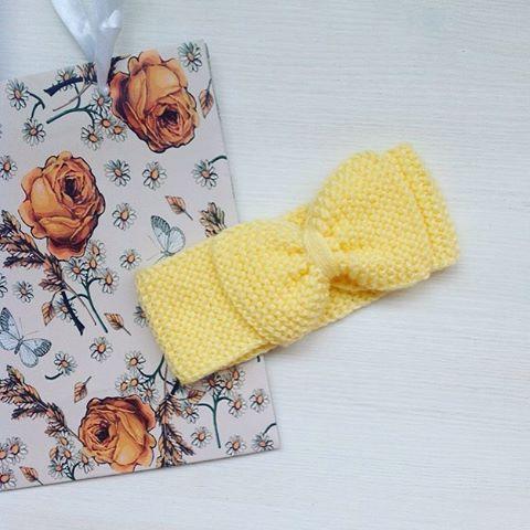 WEBSTA @ knitting_by_suturina - #повязкаспицами #повязканаголову #повязкабант #вяжуназаказ #knitting #knit #knitting_by_suturina #повязкадлядевочки #повязкадлямалышки #вязанаяповязканаголову