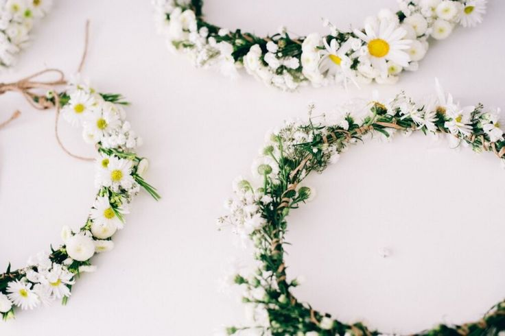 daisy crowns | from us photography | via: the lane