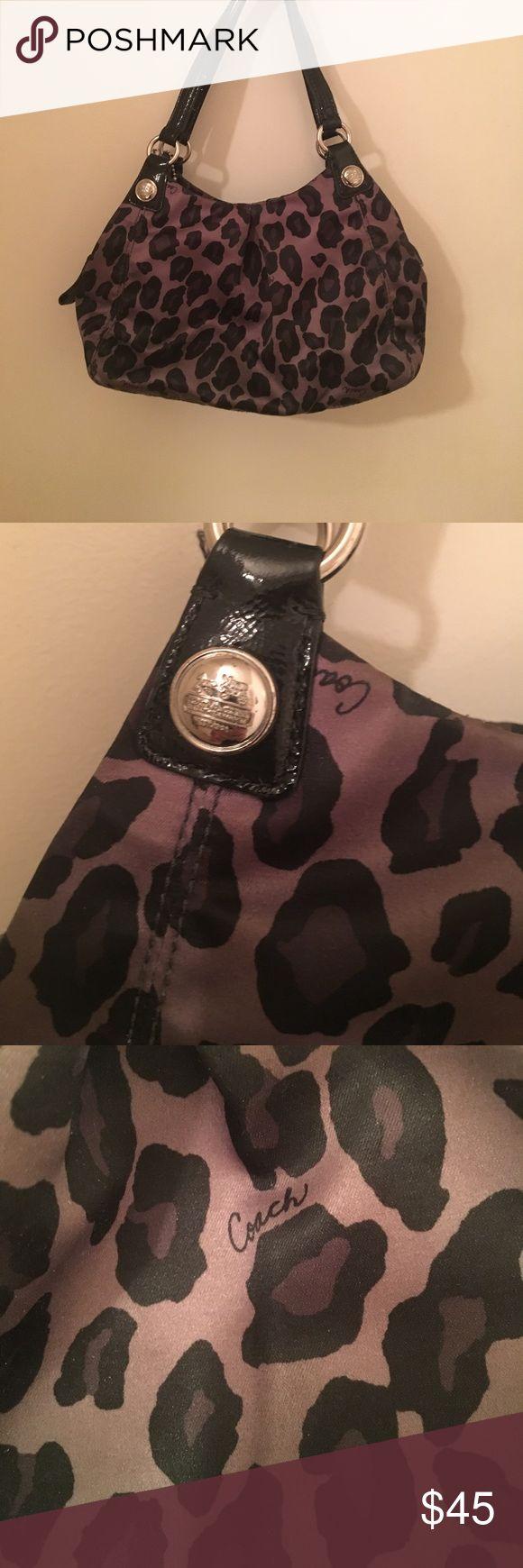 🛍MAKE AN OFFER🛍 Coach leopard purse Small authentic coach purse. Black and dark grey Coach Bags Mini Bags