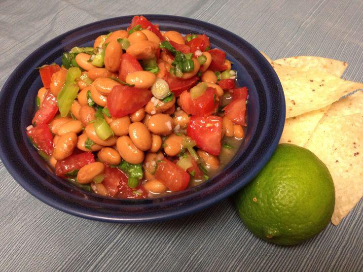 White Bean and Tomato Salad: Forks Over Knives Cookbook Project | Fresh and Faithful #vegan #lenten