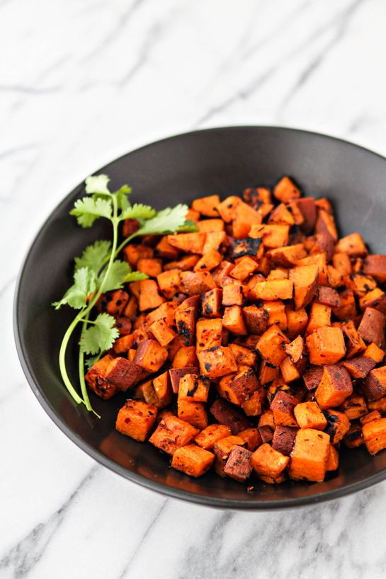 Foil Grilled Southwestern Sweet Potatoes - this super easy side dish is perfect during fall. Southwestern sweet potatoes are also great added into quesadillas, chili, tossed in fall salads, and more!