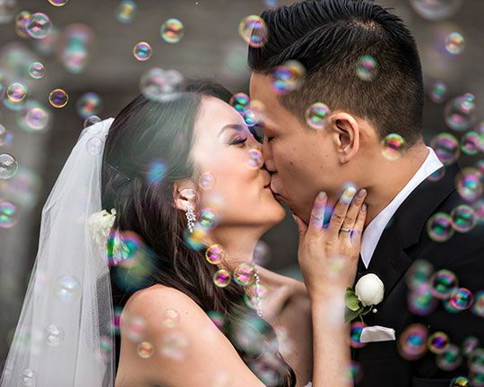 [seven-degrees] Real Wedding. Bubble send-off! DPark Photography via CeremonyMagazine.com