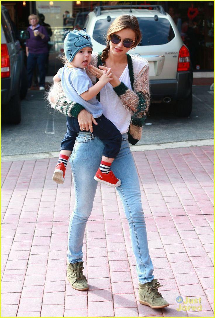 Miranda Kerr: Gymnastics Class with Flynn! | miranda kerr gymnastics class with flynn 12 - Photo Gallery | Just Jared