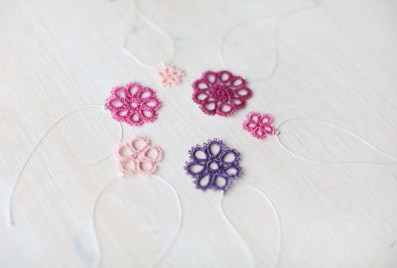 Kerst ornamenten in poeder roze paars en pastel roze door smaks