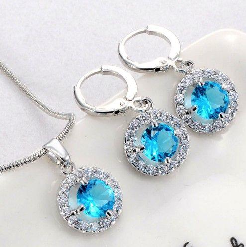 http://www.bijuteriifrumoase.ro/cumpara/set-bijuterii-cu-cristale-bleu-3278