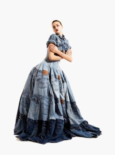 Designer Gary Harvey can take jeans, newspaper, trench coats, etc. and turn them into fashionable  clothing. Here, he transformed 42 pairs of jeans into an attractive gown. #ecofashion