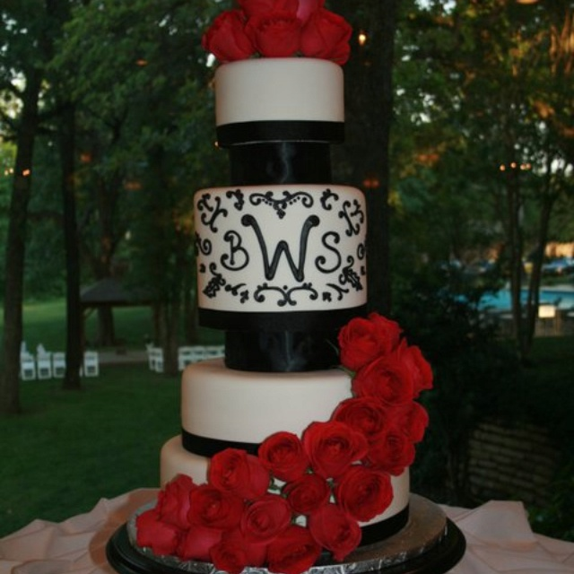 My beautiful wedding cake! Made by Erika Bridges- Confections in Cakes!!