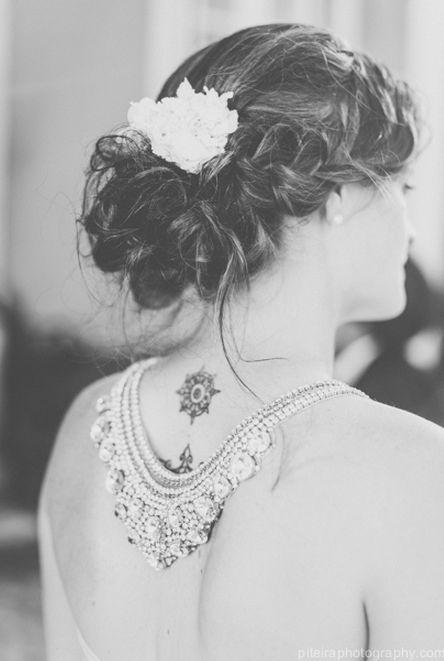 Piteira Photography, coiffure mariée, bride, mariage, wedding, hair, hairstyle, braid, updo, chignon, tresse, couronne fleurs, headband