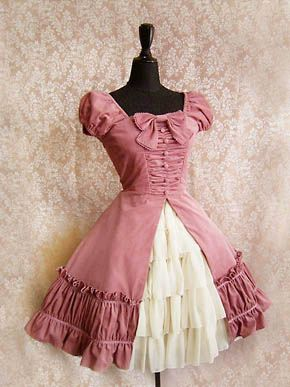 Dresses like this are why I am learning to sew.  It'll be a while before I'm ready to tackle something like this, though!