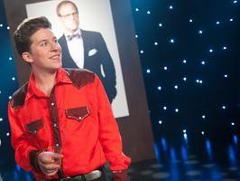 Justin Warner and Alton Brown- The Next Food Network Star- Go team Alton!