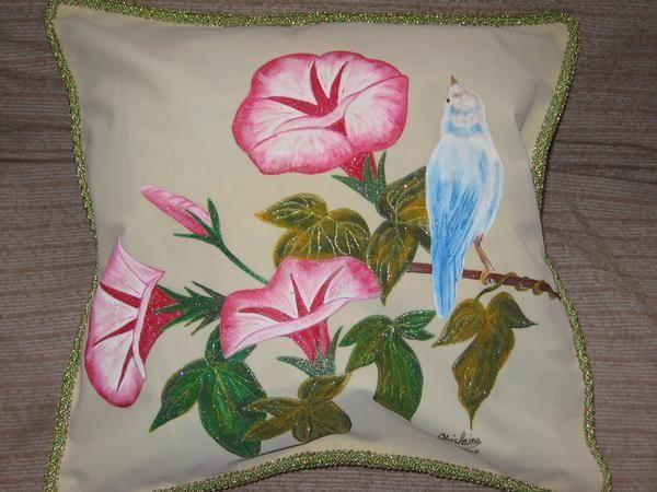 334 mejores im genes sobre cojines almohadas en pinterest - Como pintar telas a mano ...