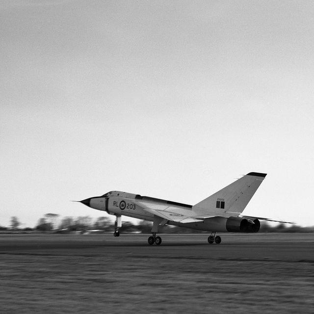 Avro CF105 Arrow RL-203