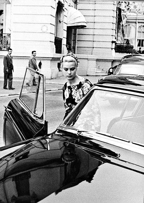 Grace Kelly just before her first visit to the Royal Palace where she met Prince Rainier. Monaco 1955.