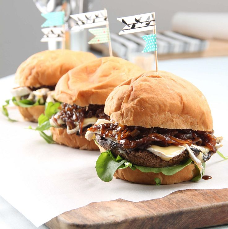 These mushroom with caramelized onions burgers are amazing!
